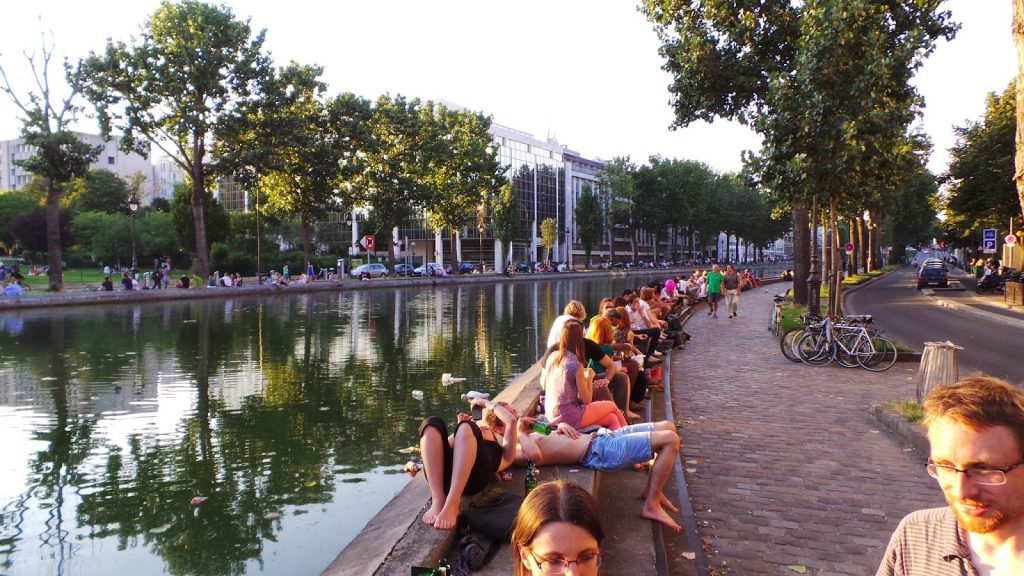 canal saint martin, paris, pink flamingo, summer
