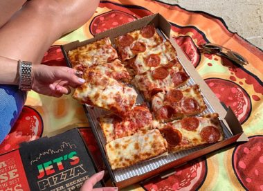 photo shows Jet Pizza's food