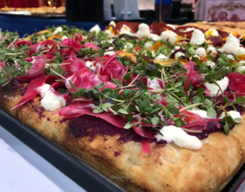 this photo shows an example of a pizza with authentic Italian pizza ingredients