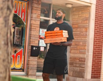 this photo shows the star power of Blaze Pizza in the form of LeBron James