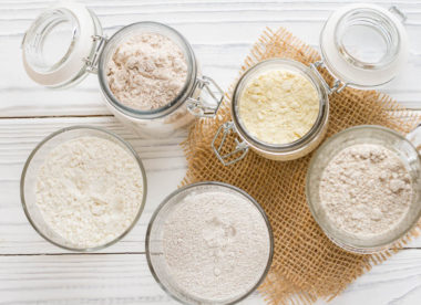 this picture depicts a variety of flours that can be used for alternative pizza crusts