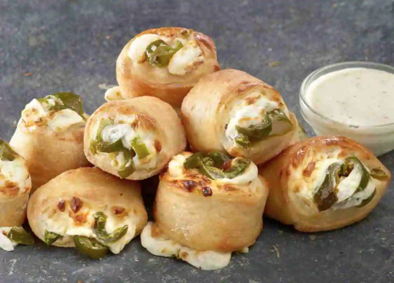 this photo shows the new Papa John's Jalapeno Popper Rolls