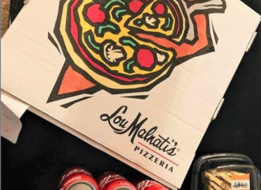 lou malnati's is a Chicago pizzeria dealing with the coronavirus