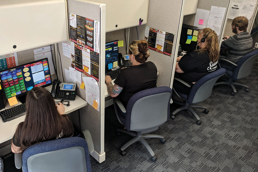 Call Centers For Pizzerias A Game Of Phones Pmq Pizza Magazine