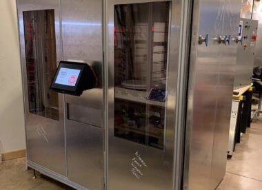 this is a photo showing the BARS Automated Pizza Kitchen created by Speed Bancroft of Bancroft Automated Restaurant Services