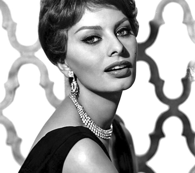 this is a 1959 photo of Sophia Loren, who has opened her own restaurant in Florence, Italy