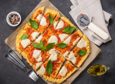 this photo shows a pizza with a cauliflower crust, popular among vegan pizza fans